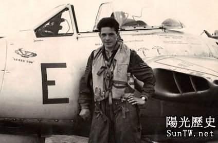 西德上空與不明飛行物發生接觸的英國飛行員