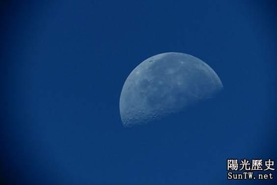 28日天宇不會出現〞藍月亮〞 要見需到2015