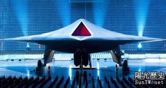 歐洲無人機追美國:英航展現「雷神」