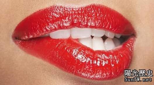人類為何長嘴唇:方便接吻找到配偶?