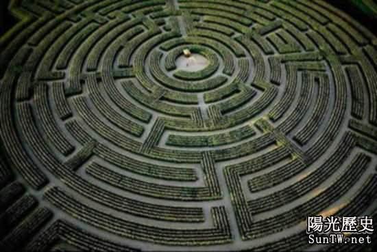 揭秘全球最神秘壯觀迷宮 讓人迷失方向