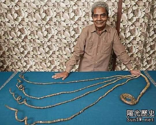 印度老翁留指甲近63年 長9米多破記錄