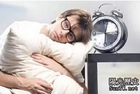 睡覺時枕邊有這東西 讓你短命10年
