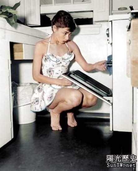 恢復著名老照片的彩色 奧黛麗·赫本美呆了