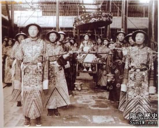 揭秘古代宮廷神秘性文化:太監娶妻